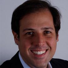Dr. Bruno Godoy